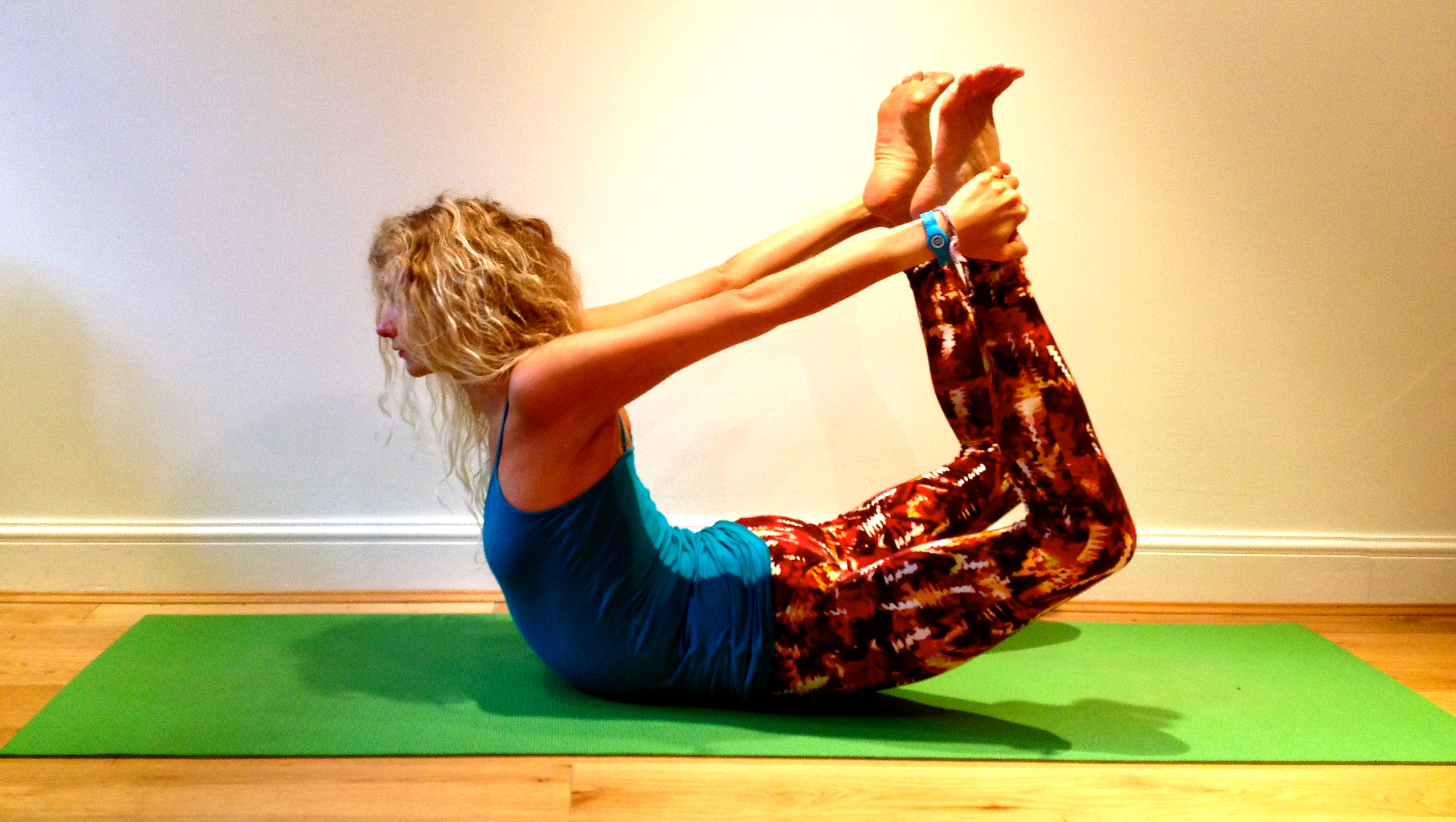 Dhanurasana Counter Pose