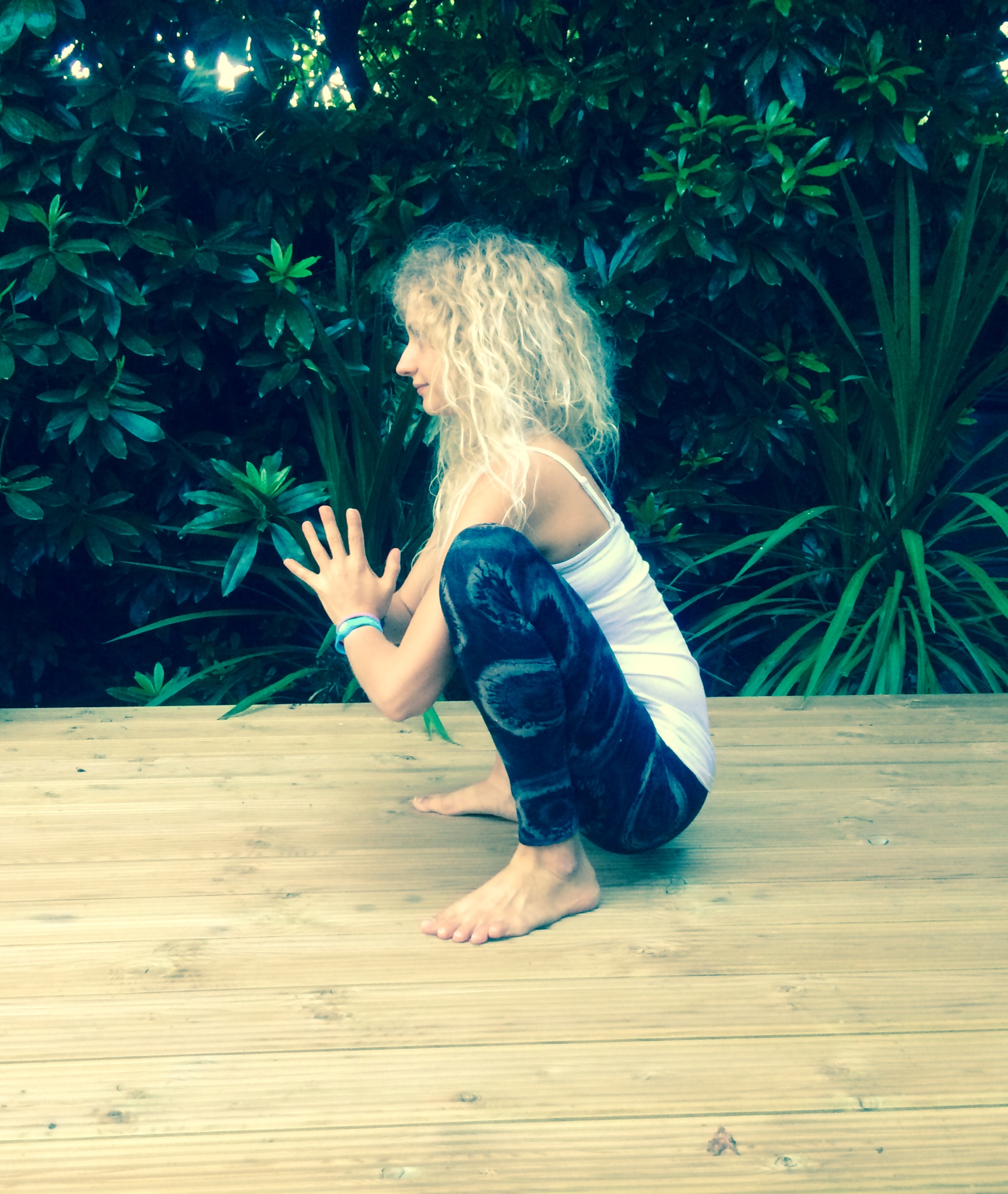 Practice: Malasana / Garland Pose + a mini anatomy lesson ...