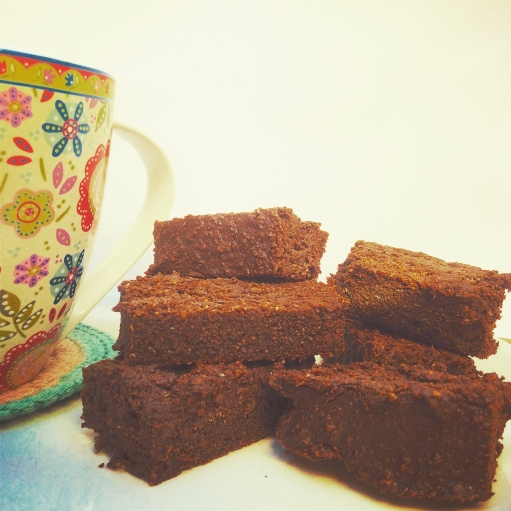 VEGAN CACAO-CAROB BROWNIE PHOTO