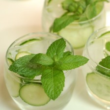 1055-Lemon-Cucumber-Mint-Tea