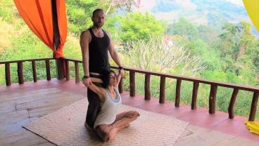 cropped-Thai-massage-open-shoulders-2.jpg